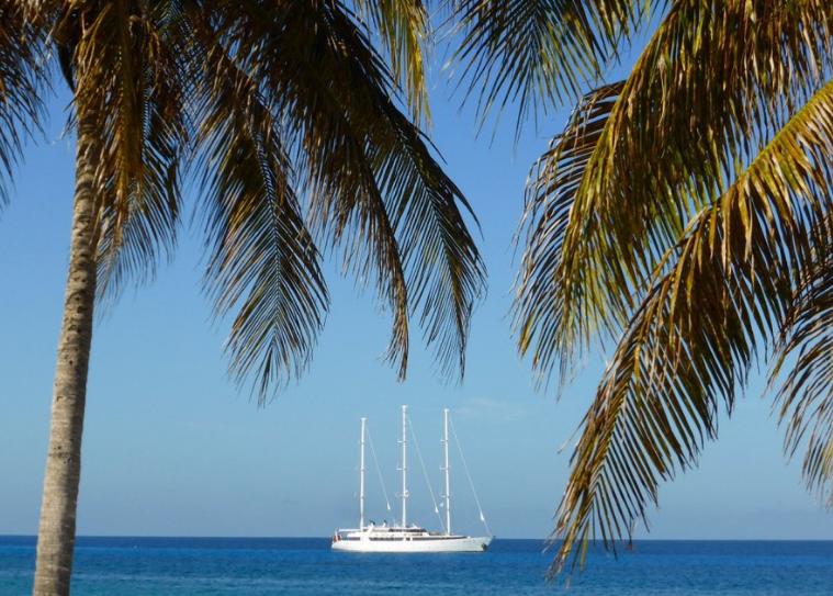 Hemingway cuba yacht