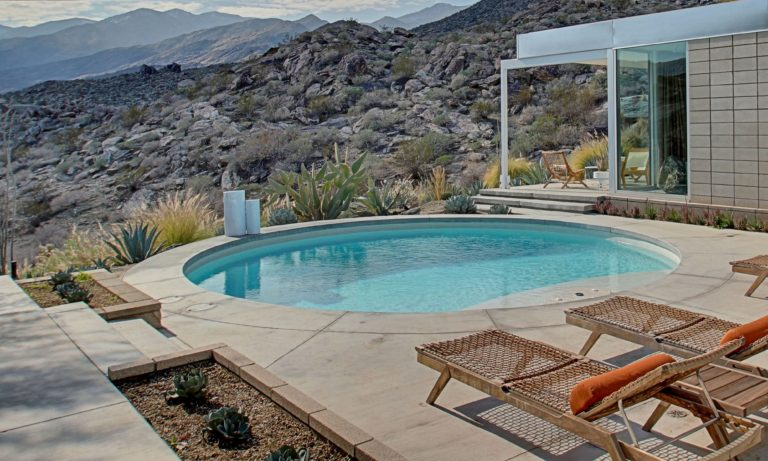 PALM SPRINGS MODERN Plunge pool